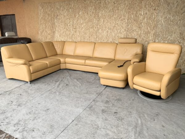 Кожаный диван раскладной, электро!