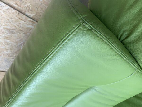 Кожаный уголок ( раскладной)