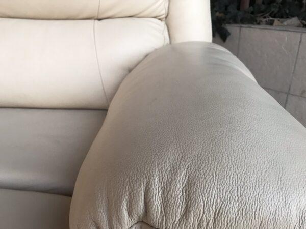 Кожаный диван кровать , бронь !