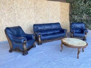 Кожаная мебель ( раскладная) стол мрамор .
