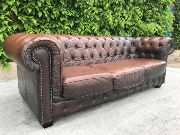 Кожаный диван Честерфилд .заказан