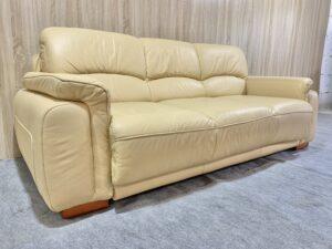 Кожаный диван ( кровать )заказан