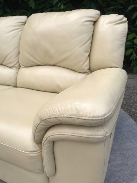 Кожаная мебель ( реклайнер)заказан