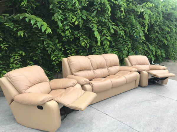 Кожаный диван (раскладной) кресла реклайнер !